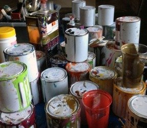 Tins-of-enamel-paints-on-a-table