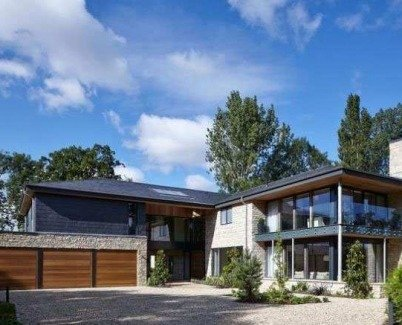 New contemporary home in Cheltenham