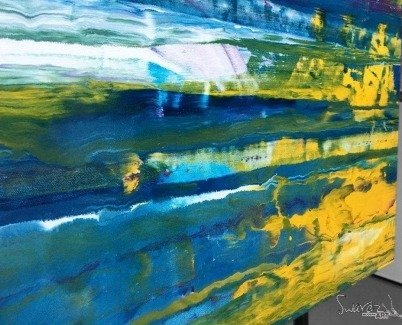 Yellow and blue metallic paints