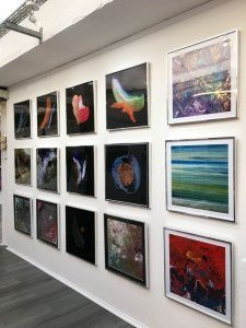 art-gallery-wall