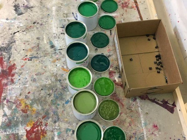 tins-of-green-paint