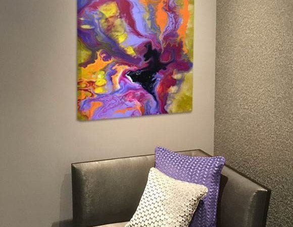 chair-with-purple-painting