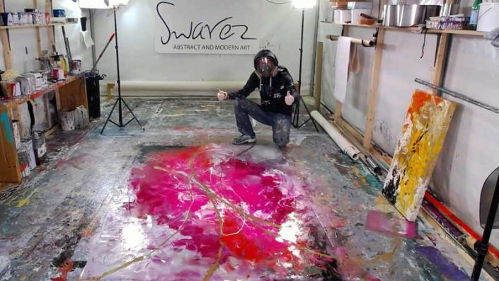 Live painting from Swarez HQ pink and gold week